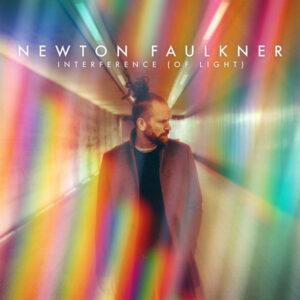 آلبوم موسیقی interference اثری از نیوتن فوکنر (Newton Faulkner)
